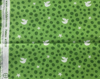 Joy Kate Spain white birds on green moda fabrics FQ