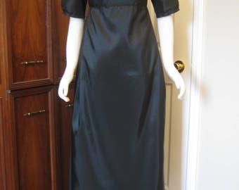 Regency Mourning Gown sz. 12