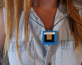 SALE: Modern Turquoise and Gold Geometric Square  x Polyurethane and Leather Southwestern Necklace