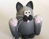 Sitting Happy Cat Sculpture