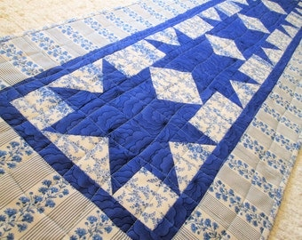 Quilted Spring Winter Star Table Runner