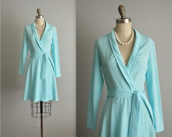 70's Wrap Dress // Vintage 1970's Aqua Blue A Line Casual Wrap Day Dress S