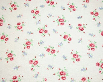 Sweetest Little Red Roses and Blue Daisies Vintage Cotton Plissé Fabric Remnant Piece - 23 Inches Wide x 58 Inches Long