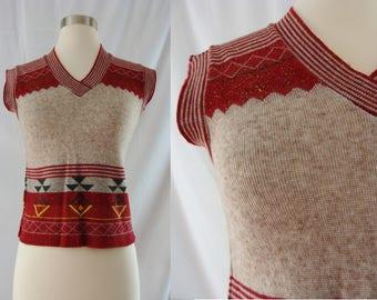 Vintage Seventies Top - 1970s Geometric Sweater - 70s Short Sleeve Knit Top - XS XXS