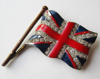 Vintage 40s Crown Trifari Rhinestone Enamel Union Jack British Flag Silver Brooch Pin