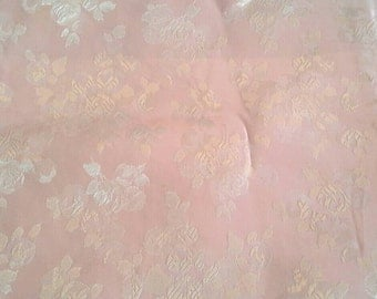Floral Pink Damask Fabric Over 1 Yard X0717