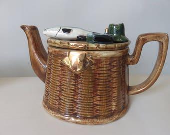 Richard Parrington Fisherman's Creel Teapot