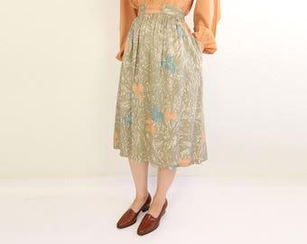 VINTAGE Gathered Skirt 1980s Leaf Print