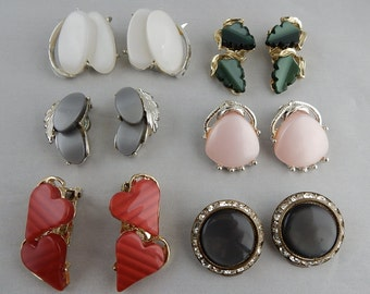 6 pair Vintage THERMOSET Clip On or Back Earrings Lot