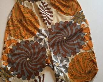 Groovy Vintage Sixties Psychedelic Pattern Half Slip Pantaloons Pettipants Knickers