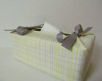 Tissue Box Cover/Gray And Lime Plaid