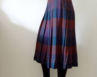 ON SALE 1980s Plaid Skirt / pleated a line skirt / vintage preppy fall fashion