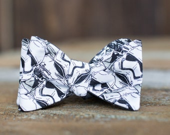 RTS / Star Wars Storm Troopers Self-Tie Bowtie// Gray Chambray Polka Dots // Reversible Men's  // Durian and the Lyon