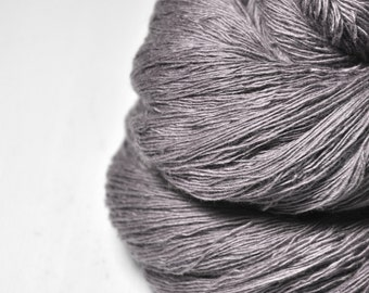 Dead walnut wood - Merino/Cashmere Fine Lace Yarn
