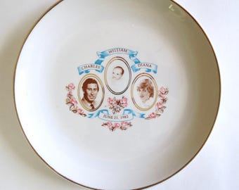 Vintage Prince Charles Princess Diana Prince William plate, 80s Royal British Family collectors plate, Charles Di William, Jackpot Jen