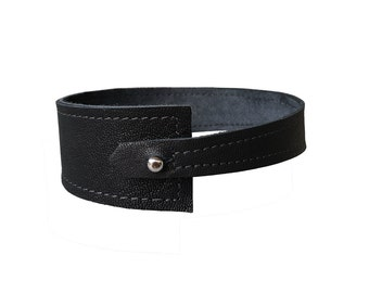 Wedge choker - Black leather choker - Chokers for women - Chokers for men - Goth Choker - Fetish choker - Punk choker - Asymmetric necklace