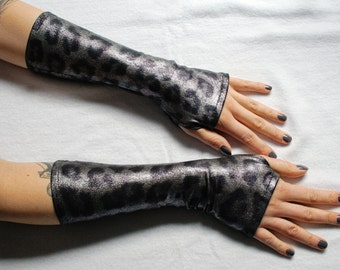 Arm warmers Shiny Leopard - fingerless goth gloves silver cheetah
