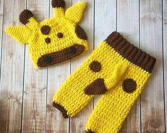 Mr Giraffe Beanie and Pant Set/Giraffe Costume/Baby Giraffe Hat in Yellow and Brown Available in Newborn to 12 Months Size- MADE TO ORDE