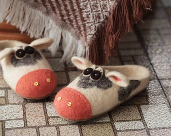 Custom Order, Cow Felted Wool Shoes, Kids shoes, Cute Animal Shoes, Home Shoes, Felted Slippers, Unisex Shoes, Rubber Sole
