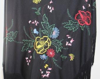 1980s Embroidered flamenco shawl.