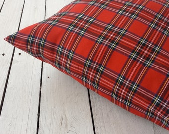 Plaid pillow cover, Tartan pillow cover, scotish charm, tartan christmas, christmas pillow cover