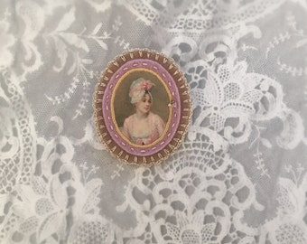felt portrait brooch - beige and lilac felt pin broach - pastel lady portrait pin - mothersday gift  - gift for her - museum painting brooch