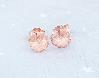 1 Pair of 925 Sterling Silver Rose Gold Vermeil Style Tiny Lotus Leaf Stud Earrings 7.5 mm.  :pg0356
