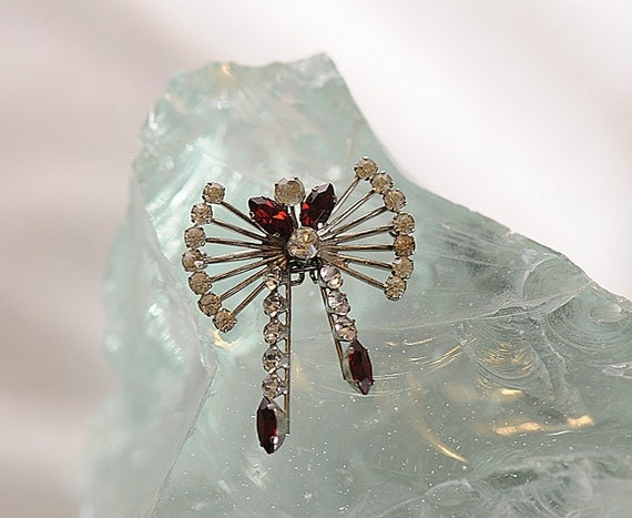 Vintage Dangle Red / Clear Rhinestone Sterling Silver Pin Brooch / Pendant.. Signed