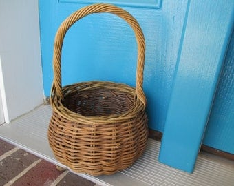 Rounds Handled Twig Basket