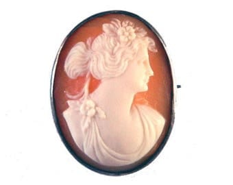 Antique Cameo Brooch in Sterling Silver Setting