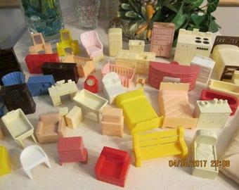 Vintage Doll House Furniture, Childrens Toys, Pretend Play Toys, Ideal Furniture, Renwal Furniture, Mar Furniture