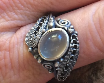 Sterling Silver Ring with Moonstone and Filigree