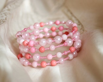Light pink memory wrap bracelet, Rose pink, baby pink, sweet, beaded cuff, pearls bracelet, glass acrylic beads, simple, cute, prism pink