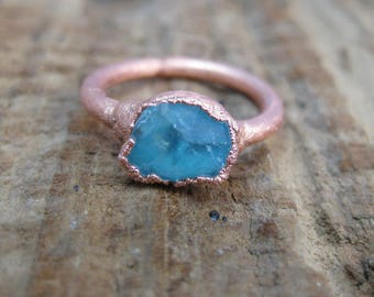 Spectral // Glowing Blue Apatite Crystal Copper Electroformed Ring // Raw Crystal // Metaphysical // Crystal Ring // Raw Copper