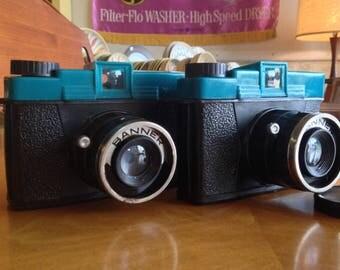 Pair Banner Plastic Toy Cameras