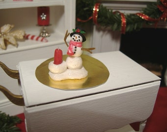 Miniature Dollhouse Snowman 1:12 Scale
