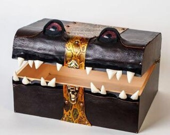 Giant Brassy Mimic Monster Box