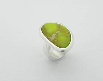 big sea sediment jasper silver ring, statement jasper ring, minimalist lime green jasper ring, massive silver ring
