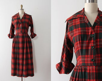 vintage 1940s dress // 40s 50s red and green plaid wool dress