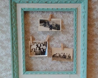 Chicken Wire Frame,  Photo board, Vintage wedding display, Aqua, Green, Shabby Cottage decor, Beach Cottage, Farmhouse Home decor