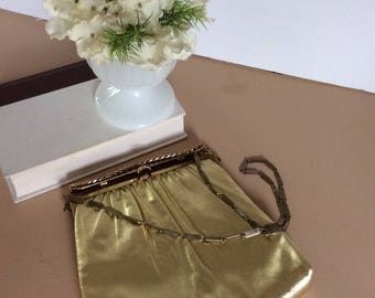 Vintage H L Gold Lame Handbag Clutch Bag / Harry Levine Lame Gold Chain Hand Bag