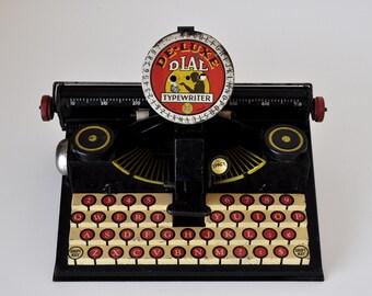 Vintage Marx Toy De-Luxe Typewriter