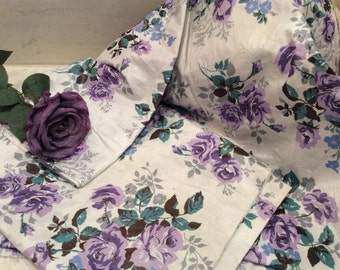 Vintage Ivory with Purple Roses Cotton Chintz Fabric, Vintage Cotton Fabric, Vintage Textiles, Vintage Material