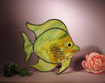 Stained Glass Angel Fish with a Smile (765)