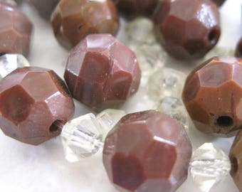 Vintage Chocolate Latte Beads E91B