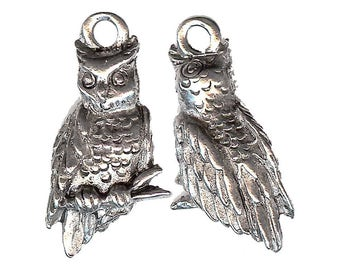 OWL Charm. Pewter. 3D. Made in the USA.