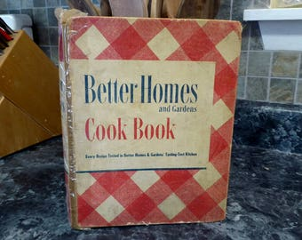 Better Homes & Gardens Cook Book 1947