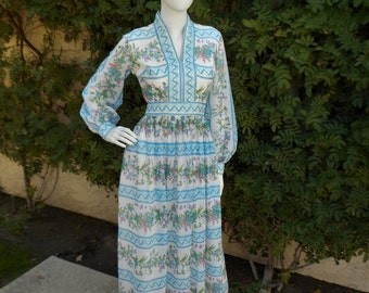 Vintage 1970's Blue Floral Dress - Size 8