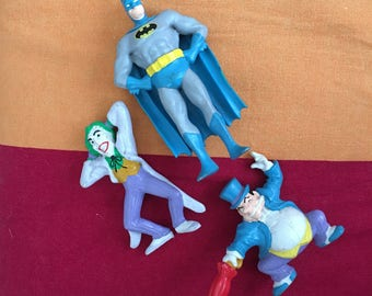 1989 DC Comics Batman Figurines The Joker Penguin Plastic Figure Set Figures Lot
