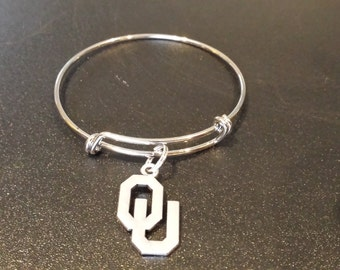 University of Oklahoma Sooners Inspired Silver Tone Expandable Bracelet with a charm